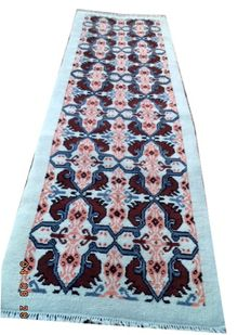 Tunisia beautiful hand-knotted woolen carpet 245 cmx85cm.Take into account there is no reserve price, bidding 1euro
