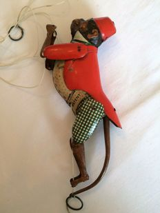 "Lehmann, Germany - Length 20 cm. Tin ""Tom 700"" Climbing monkey with mechanics, 1930s"