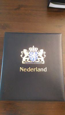 The Netherlands 1969/2001 - Collection in three Davo LX albums with some sheets and booklets