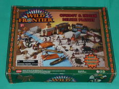 "Supreme Deluxe, China - Scale 1/32 - Plastic soldier ""Wild Frontier Cowboy & Indian Play Set, 1980s/90s"
