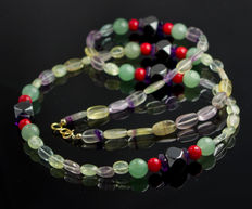 Long multi-color necklace with jade pearls and corals 65 cm long, 18 kt gold clasp