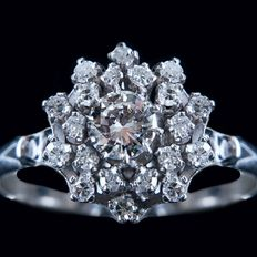 1.23 carats white gold natural cluster diamond engagement ring - size nr 56