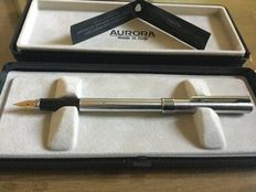 Aurora 1970s fountain pen