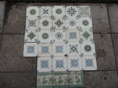 Ornamental tiles - 27 pieces - ca. 1920. The Netherlands