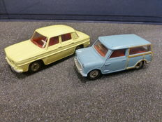 Dinky Toys-FR/GB - Scale 1/43 - Renault R8 No.517 and Austin Seven Countryman No.199