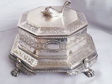 Antique English eight-angular silver plated tea box (in copper) with engravings and swan