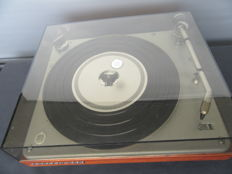 Bang & Olufsen BeoGram 1000 turntable - Four Speed, built in preamp!