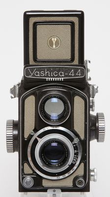 Yashica 44 from 1958