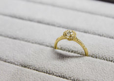 18K Yellow Gold Small Halo Engagement Ring with 0.21 Ct. Diamond - E IF - size 51