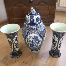 Large cabinet set - Delftware Boch, made for Royal Sphinx