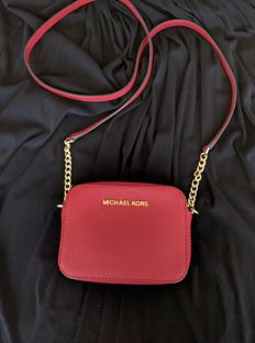 Michael Kors – Mini Jet Set Crossbody Bag