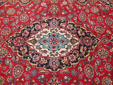 Beautiful Persian carpet, Kashan, 2.87 x 1.93, hand-knotted oriental carpet, made in Iran - top condition