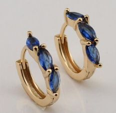 14 carat yellow gold creole earrings with synthetic sapphire - earring measurement Ø 15mm