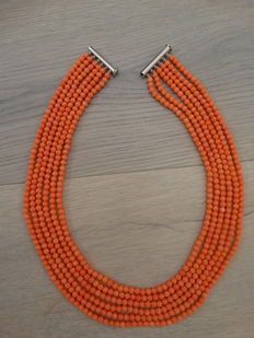 Six-rowed pink coral necklace - 87 g