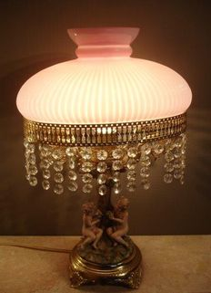 Table lamp Italian scene-with opaline shade