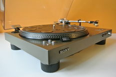 Sony PS-4300 Top Class turntable (1977) with Denon cartridge