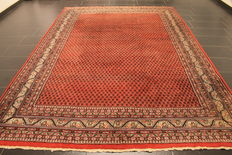 Magnificent hand-knotted oriental palace carpet, Sarough Mir, 230 x 330 cm, made in India, best highland wool