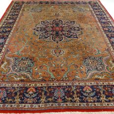 "Tabriz – 333 x 253 cm – ""Exclusive XL eye-catcher in camel/taupe – Persian carpet in beautiful condition""."
