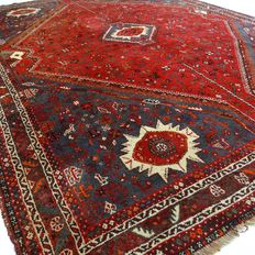 Qashqai - 308 x 235 cm - 100% wool - large, Persian, finely decorated carpet in wonderful, virtually unused condition.