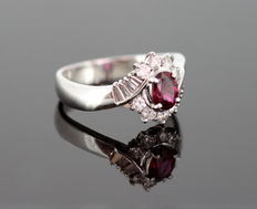 18K White Gold Ladies Ring With Ruby ( 0.57 CT ) and Diamonds ( 0.47 CT Total ) c.1970