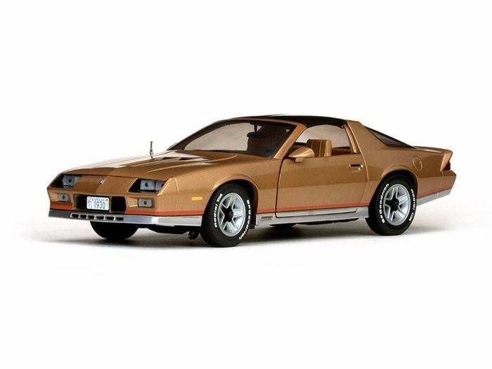 Sunstar - 1:18 - Chevrolet Camaro Z28 Coupe 1982-1993