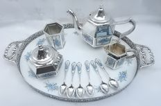 Silver plated tea set - Pako Rhenen Netherlands, 1960 + 25 items matching accessories