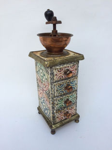 Coffee grinder inlaid with bone