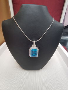 Blue Topaz Pendant, 18ct White Gold, Topaz 15.24ct, Diamonds 0.69ct- Length 3cm, Weight 10.2 grams