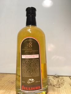 Filliers 28 Year Old (Moutwijn) Genever. (Belgium) 70 cl 43%