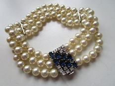 Pearl bracelet, 3 rows, 0.835 silver clasp with sapphire,