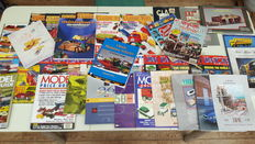 Diecast collector / Classic Toys - Lot with 40tal model car magazines with brands like Dinky, Corgi & Lledo
