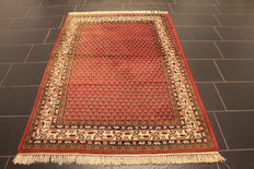 Magnificent handwoven Oriental palace carpet, Sarough Mir, 120 x 180cm, made in India, excellent highland wool around 1990