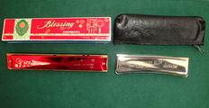 Two Vintage Harmonicas - Popular Delicia (Czechoslovakia) / Red Blessing (China) - 70's/80's
