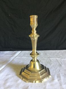 Candlestick, first part XVIII th, in bronze, Louis XV