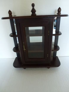 Wooden wall display cabinet with wall mirror