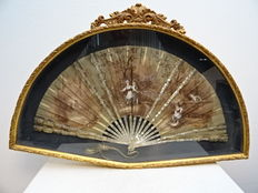 painted silk range with mother of Pearl - France - circa 1900