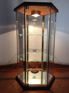 Hexagonal display case cabinet with lighting