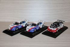 Minichamps - Scale 1/43 - Lot with 3 models: 3 x BMW M3 GTR - 2004