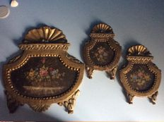 Antique small paintings on wood, with Baroque style frames - 1900-1910