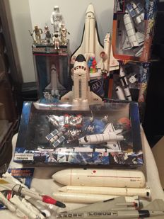Hong Kong/China/Germany - Misc. dimensions - Lot with NASA space toys, 1980-00's