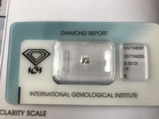 0.32 ct Cut cornered square Brilliant F IF