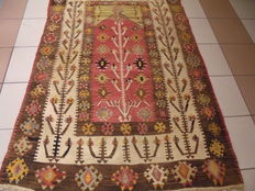 Anatolian/Turkish hand-knotted obruk prayer kilim of 173 x 120 cm