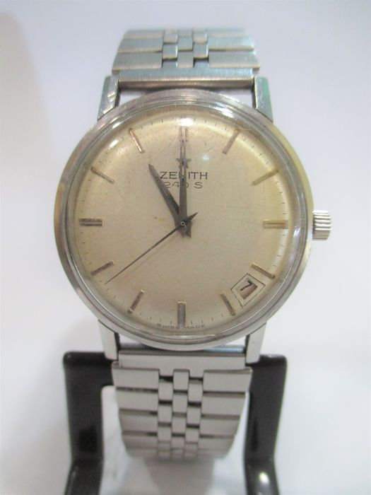 Zenith - Model:  240 S - Date display - Men's watch - 1950s