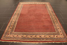 Magnificent handwoven Oriental palace carpet, Sarough Mir, 170 x 240 cm, made in India, excellent highland wool around 1990