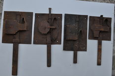 4 wrought iron locks from late 1800 / early 1900