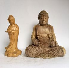 Lot with wooden Buddha and wooden Kwan Yin – Mas – Bali – Indonesia