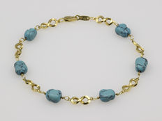 Gold bracelet with turquoises