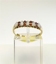 Natural Opal & Catalan Garnet vintage ring designed by G.A.  - NO RESERVE