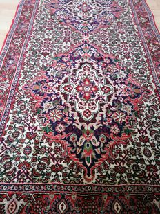 Persian carpet – Bidjar runner