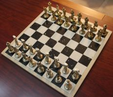 Treasure of the Oceans - Chess and Checkers